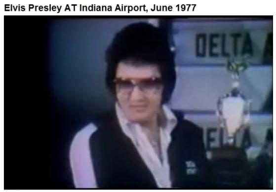 Elvis Indianapolis June 26, 1977 wearing DEA jogging suit 2nd