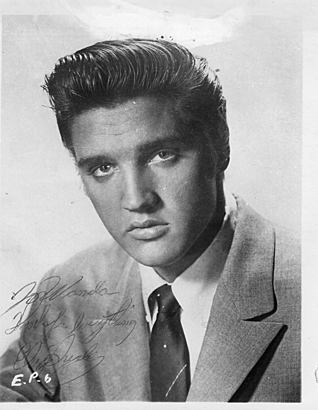 Elvis' autographed photo for Wanda